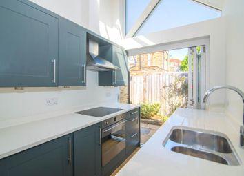 1 bed property to rent in Ferry Road, Twickenham TW1