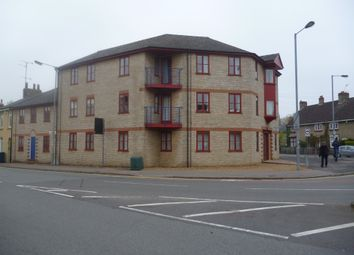 Thumbnail 2 bed flat to rent in Victoria Road, Cambridge