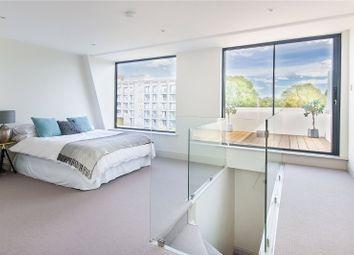 3 bed maisonette for sale in Strathblaine Road, London SW11