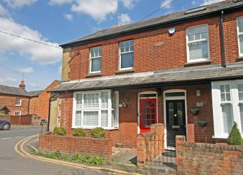 Thumbnail 1 bed flat to rent in Crown Road, Marlow