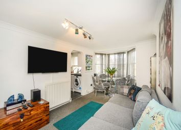 Lower Rock Gardens, Brighton BN2. 2 bed flat for sale