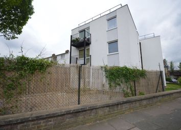 Thumbnail 1 bed flat to rent in Stanbury Road, Nunhead, London