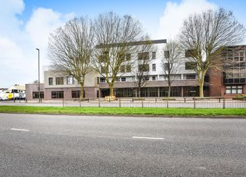 Thumbnail Studio to rent in Crownage Court, Sunbury On Thames
