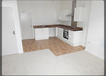 Thumbnail 3 bed flat to rent in Hessle Road, Hull