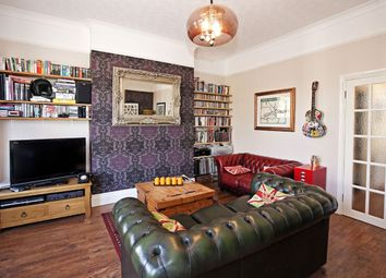 Thumbnail 2 bed flat to rent in Central Hill, Upper Norwood