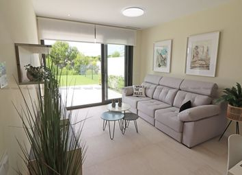 Thumbnail Apartment for sale in Sierra Cortina, Finestrat, Spain