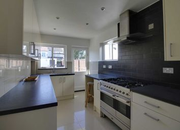 Thumbnail 2 bed property to rent in Westleigh Avenue, Leigh-On-Sea
