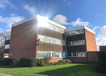 2 bed flat to rent in Yarningale Road, Willenhall, Coventry CV3