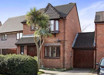 Thumbnail 3 bedroom link-detached house for sale in Flag Close, Shirley, Croydon, Surrey