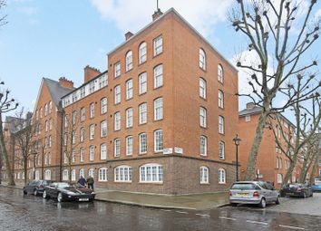 Thumbnail 3 bed flat for sale in Erasmus Street, London