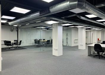 Serviced office to let in Albert Embankment, London SE1