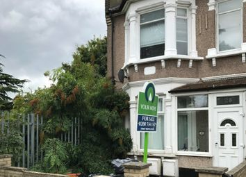 Thumbnail 1 bed flat for sale in Oxford Road, Ilford, Essex