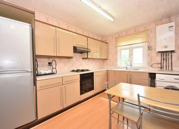 3 bed flat to rent in Ethelbert Gardens, Gants Hill IG2