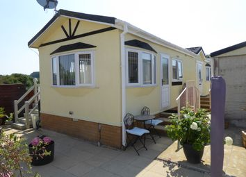 2 bed mobile/park home for sale in Garden Of England, Harrietsham, Maidstone, Kent ME17