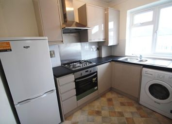 Thumbnail 2 bedroom flat to rent in Brighton Road, Horley
