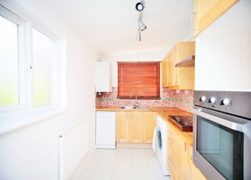 Thumbnail 2 bedroom flat to rent in Sunningfields Crescent, Hendon