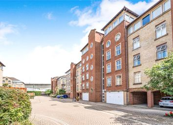 2 bed flat for sale in Andes Close, Southampton, Hampshire SO14