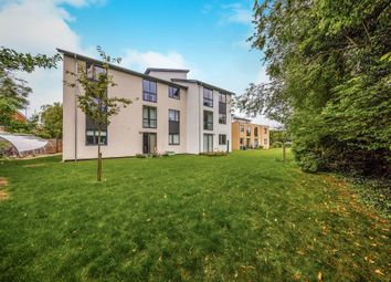 Thumbnail 2 bedroom flat for sale in Drakes Drive, Stevenage