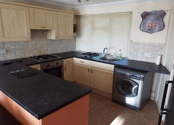 Thumbnail 1 bed flat to rent in Yew Tree Gardens, Romford
