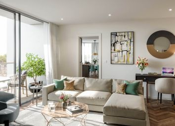 Kings Road Park, Fulham, London SW6. 2 bed flat for sale