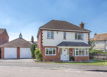 Passey Crescent, Benson, 6Ld OX10. 4 bed detached house