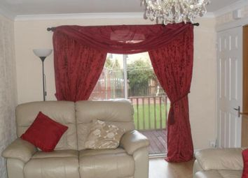 Thumbnail 1 bed flat to rent in Limecraigs Road, Paisley