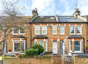 4 bed property for sale in Hearne Road, London W4