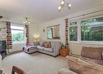2 bed flat for sale in Gravel Hill Close, Bexleyheath DA6