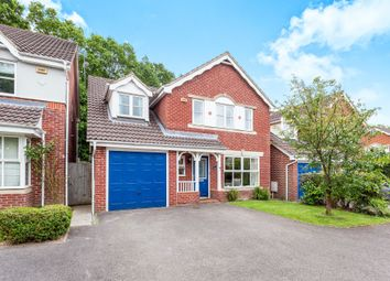 Thumbnail 5 bed detached house for sale in Abergavenny Gardens, Copthorne, Crawley