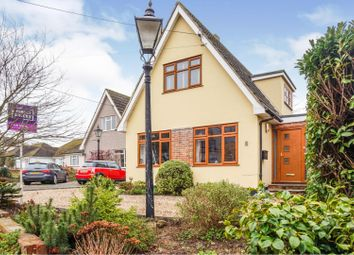 Woodlands Road, Hockley SS5. 3 bed detached house