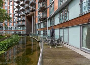 Thumbnail 2 bed flat for sale in New Providence Wharf, Canary Wharf, London