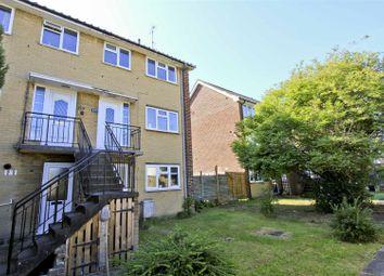 2 bed flat for sale in The Greenway, Ickenham, Uxbridge UB10
