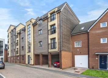 Thumbnail 2 bed flat for sale in Aylesbury, Buckinghamshire