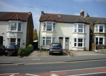 Thumbnail 3 bedroom flat to rent in Brentwood Road, Gidea Park, Romford