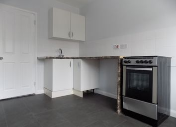 Thumbnail 2 bed flat to rent in St. Winifreds Avenue, Luton, Bedfordshire