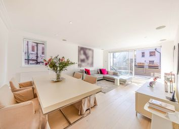 Hereford Road, Bayswater / Notting Hill W2. 2 bed flat for sale