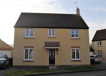 Thumbnail 4 bed detached house for sale in Hubble View, Oakhurst, Swindon