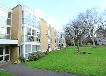 Thumbnail 2 bedroom flat for sale in Winchester Close, Enfield