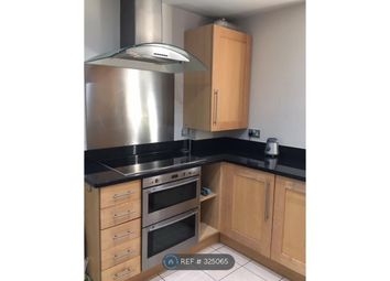 Room to rent in Foxley Lane, Purley CR8