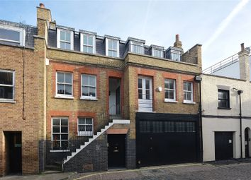 Thumbnail 3 bed flat to rent in Weymouth Mews, London