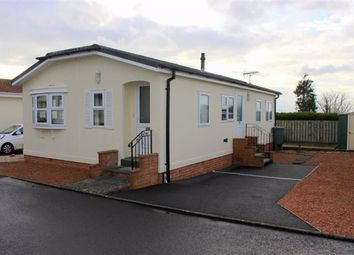 Thumbnail 2 bed mobile/park home for sale in Shillingford Park, Carmarthen Rd, Kilgetty