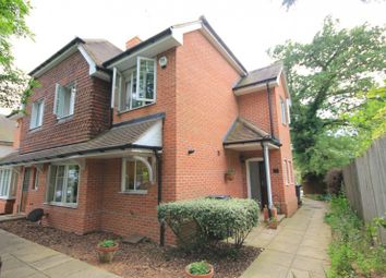 2 bed semi-detached house to rent in Parkside Road, Reading RG30