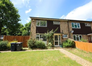 3 bed property for sale in Edmunds Close, High Wycombe HP12