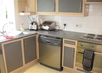 Thumbnail 2 bed flat to rent in Wood Street, Chelmsford