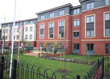Thumbnail 2 bed flat for sale in West Street, Newbury