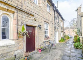 Thumbnail 2 bed cottage to rent in 2 Holt Square, Barrowford, Lancashire