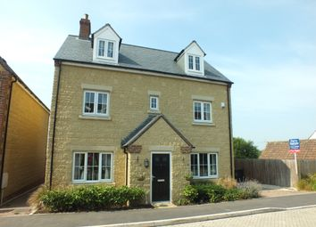 Thumbnail 5 bed detached house for sale in Wearn Road, Faringdon