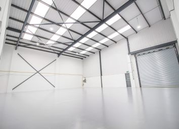 Warehouse to let in Unit 4, Airlinks Industrial Estate, Heston TW5