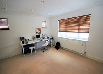 Thumbnail 1 bed flat to rent in Westbourne Villas, Hove