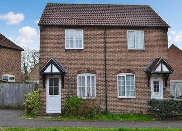 Thumbnail 1 bed property to rent in Simmons Field, Thatcham